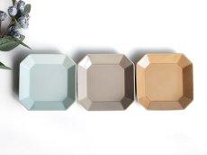 画像2: 【Des-pres】デ・プレ スクエアプレート S 12cm カラー 白土 /プレート/八角/四角/グレイ/クラシカル/取り皿/お皿/小皿/陶器/日本製 (2)