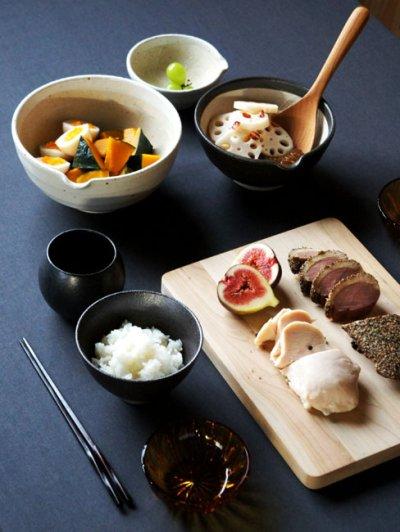 画像2: 【SHIKIKA】片口すり鉢 大 黒/ブラック/擂り鉢/すり潰す/美濃焼/陶器/日本製/LOLO