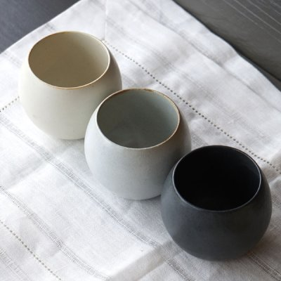 画像2: 【SHIKIKA】ころころ 大 焼酎カップ 煎茶カップ コップ 湯のみ 陶器製 日本製 240ml
