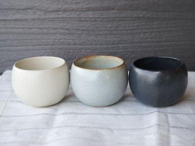 画像1: 【SHIKIKA】ころころ 小 煎茶カップ コップ 湯のみ コロコロカップ 陶器製 日本製 180ml