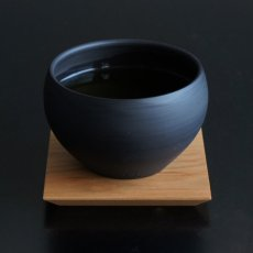 画像3: 【SALIU】TSUKECHI 茶敷 角 山桜 四角 茶托 小皿 木製 天然木 日本製 LOLO ロロ (3)