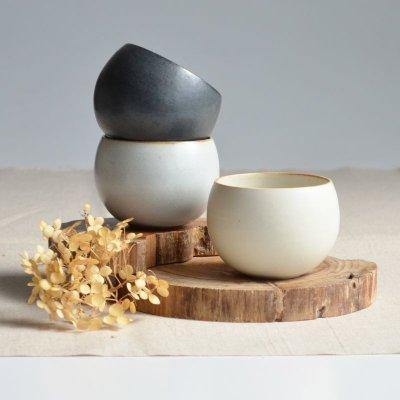 画像1: 【SHIKIKA】ころころ 小  煎茶カップ コップ 湯のみ 陶器製 日本製 180ml ロロ LOLO