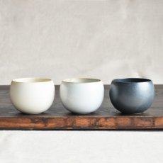 画像2: 【SHIKIKA】ころころ 小  煎茶カップ コップ 湯のみ 陶器製 日本製 180ml ロロ LOLO (2)