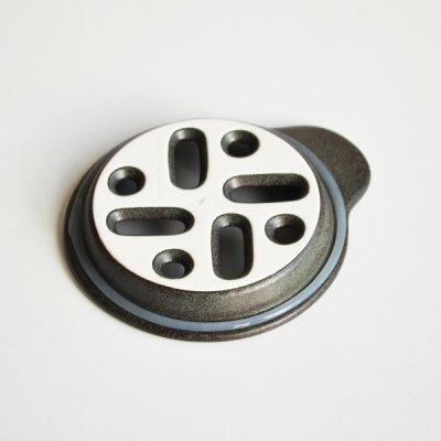 画像2: 【SHIKIKA】おろし おろし揃え 暮らしの小道具 スマートキッチン ミニアイテム おろし 大根おろし 擦りおろし ミニ 白 黒 小さい ツール 磁器 ロロ LOLO 日本製