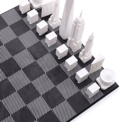 画像1: 【Skyline Chess 】ロンドンVSニューヨークエディション チェスセット チェス 木製ボード ウッド スカイラインチェス NEW YORK CITY VS. LONDON SPECIAL EDITION トイ オブジェ インテリア お洒落 おしゃれ かっこいい モダン ギフト ボードゲーム