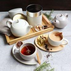 画像2: 【SALIU】結 YUI  ティーポット 330ml 白 灰 ホワイト グレー 急須 陶器  磁器 白磁 丸い かわいい 可愛い 美濃焼  日本製 ティーカップ LOLO ロロ おしゃれ  茶こし 人気 おすすめ デザイン 紅茶のための茶器 (2)