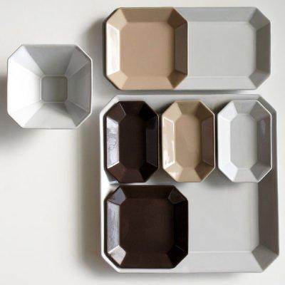 画像2: 【Des-pres】デ・プレ スクエアプレート チョコ S 12cm/チョコ/ブラウン/茶色/チョコレート/プレート/八角/四角/黒土/グレイ/クラシカル/取り皿/お皿/小皿/陶器/日本製