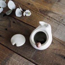 画像6: 【アイ・クラフト】 うさぎポット シュガーポット スプーン付/小物入れ/ウサギ/黒うさぎ 白うさぎ 兎/陶器/日本製 ハンドペイント  (6)