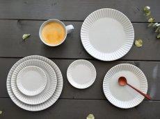 画像6: 【作山窯-SAKUZAN-】SAKUZAN DAYS Sara Stripe PlateM  ストライププレートM リム皿/お皿 19cm/プレート/取り皿/小皿/カフェ/サラ/磁器/日本製/陶器 (6)