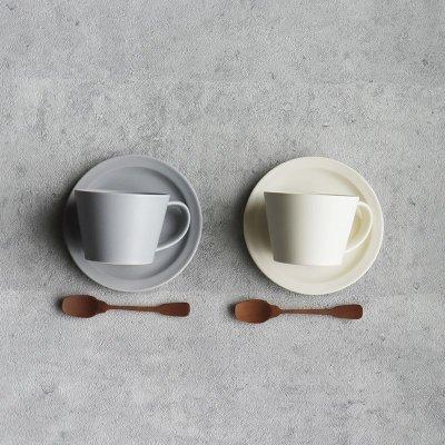 画像1: 【GIFT COLLECTION】A SAKUZAN DAYS Sara ストライプ カップ&ソーサー スプーン セット 新生活セット ギフト クリーム グレー Stripe Cup&Saucer コーヒーカップ/サラ/カフェ/磁器/日本製/陶器 ギフトコレクション