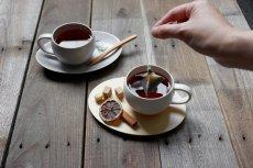 画像9: 【SALIU】結 YUI  ティープレート ソーサー 茶托 陶器  磁器 白磁 丸い かわいい 可愛い 美濃焼 急須 日本製  LOLO ロロ  おしゃれ 紅茶のための茶器 人気 おすすめ デザイン (9)