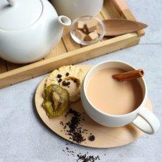 画像4: 【SALIU】結 YUI  ティーカップ 湯飲み 紅茶のための茶器  陶器  磁器 白磁 丸い かわいい 可愛い 美濃焼 急須 日本製  LOLO ロロ  おしゃれ かわいい 茶こし 人気 おすすめ デザインソーサー 急須 ティーポット (4)