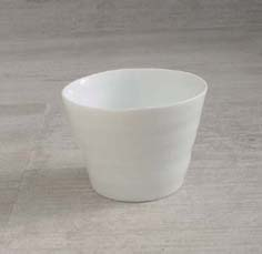 画像1: 【SHIKIKA】白磁ロックカップ (1)