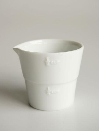 画像1: 【smart mini kitichen】料理カップ/計量カップ/白磁器/2分の1/ハーフカップ 100ml/日本製 (1)
