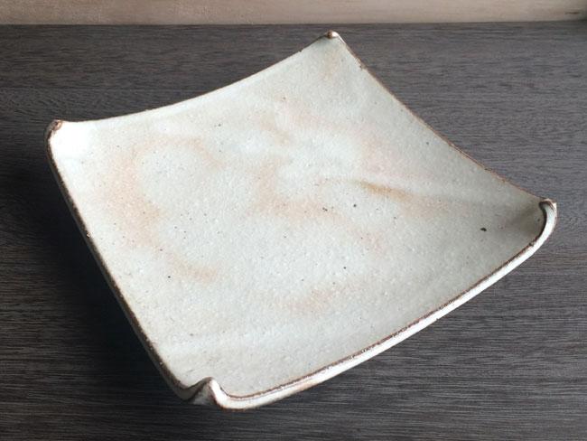 画像1: 【加藤仁志】平皿 St角皿L/スクエア/取皿/17cm/手作り/手引き/作家/粉引き/陶器  (1)