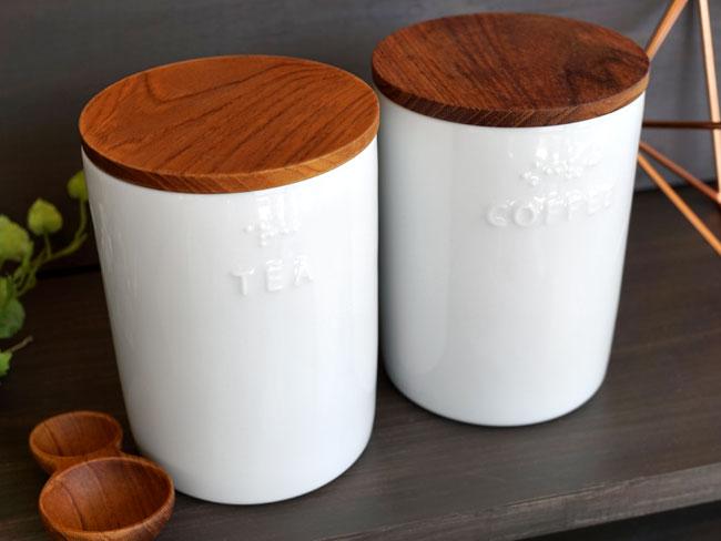 画像1: 【BS】キャニスターBS00 コーヒー ティー 点字 ユニバーサルデザイン ナチュラル プレーン  シンプル 木蓋 磁器 ホワイト 白 日本製 ロロ LOLO (1)