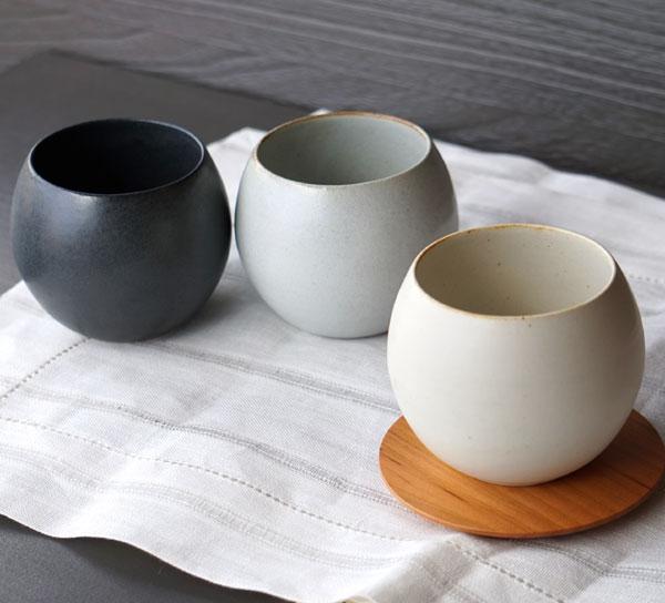 画像1: 【SHIKIKA】ころころ 大 焼酎カップ 煎茶カップ コップ 湯のみ 陶器製 日本製 240ml (1)