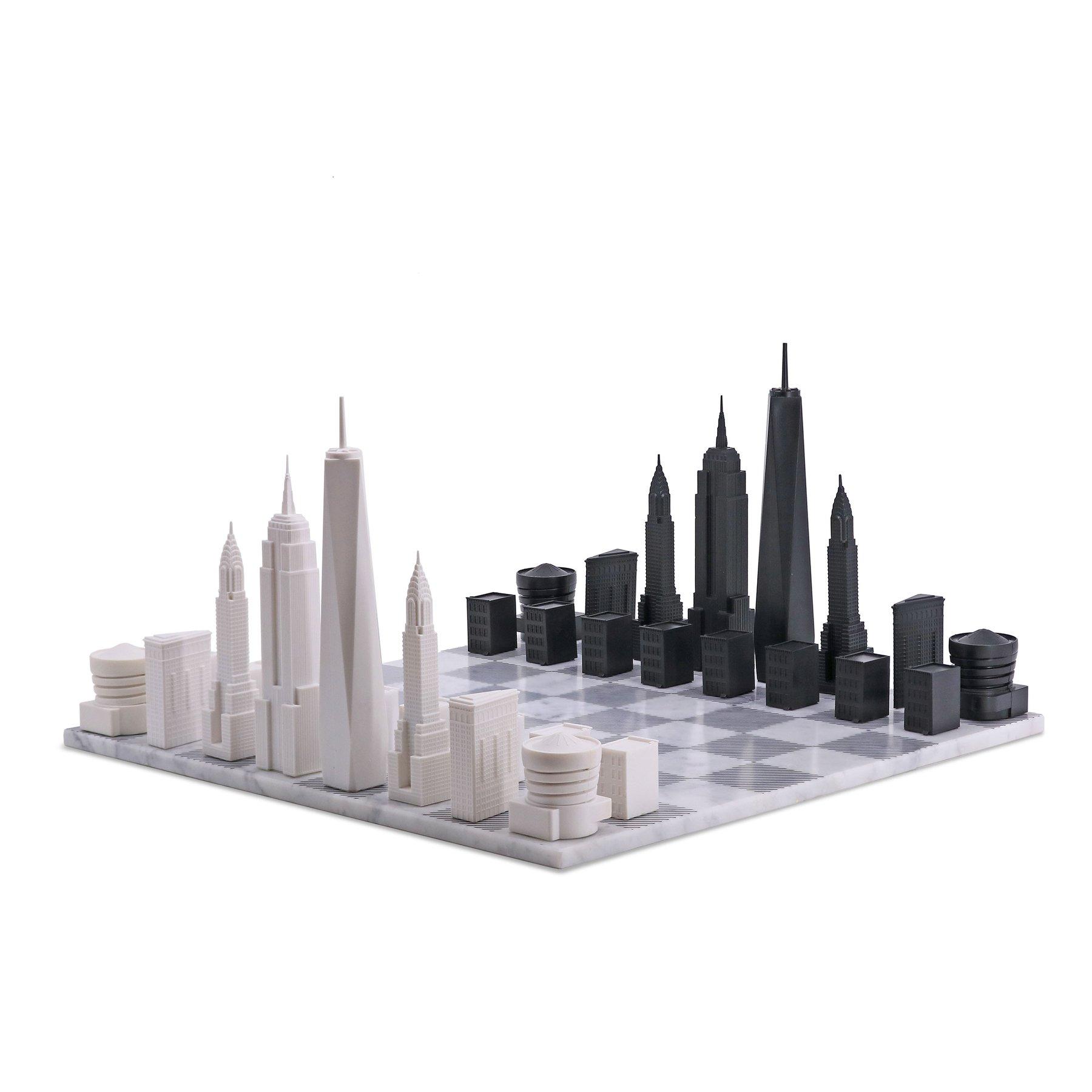画像1: 【Skyline Chess 】ニューヨークシティエディション チェスセット 大理石ボード /木製ボード marble  チェス  スカイラインチェス THE NEW YORK CITY EDITION トイ オブジェ インテリア お洒落 おしゃれ かっこいい モダン ギフト  (1)