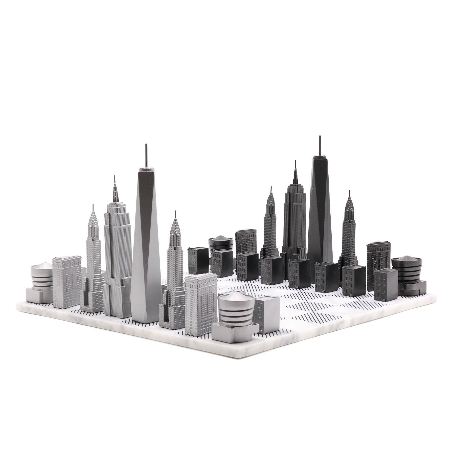 画像1: 【Skyline Chess 】プレミアムメタル ニューヨークエディション チェスセット イギリス製 チェス 木製ボード ウッド スカイラインチェス PREMIUM METAL NEW YORK EDITION トイ オブジェ インテリア お洒落 おしゃれ かっこいい モダン ギフト ボードゲーム   (1)