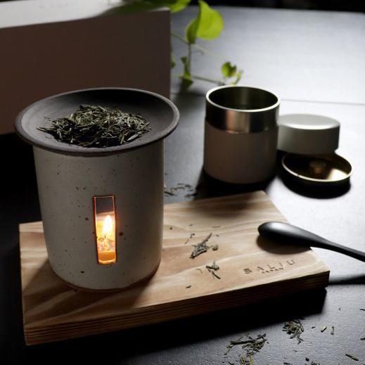 画像1: 【SALIU】茶香炉 さのか 薫るギフトセット 緑茶 お茶 アロマ 癒し フレグランス 香炉 美濃焼き 白川茶 磁器 陶器 プレゼント ギフト お茶っぱ 香る  (1)