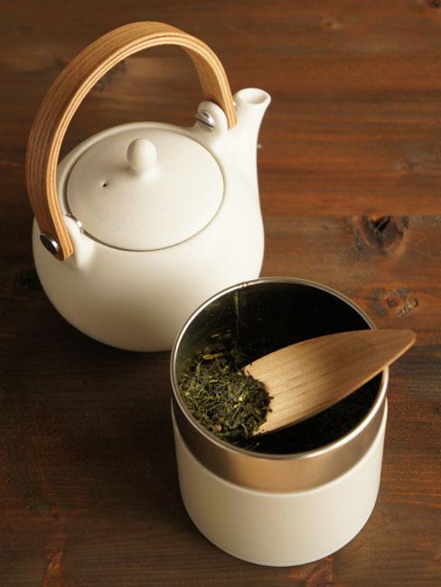 画像1: 【SALIU】茶缶 150g 保存容器 白 オフホワイト 和テイスト 和風 シンプル キャニスター 保存容器 ブリキ  日本製 LOLO (1)