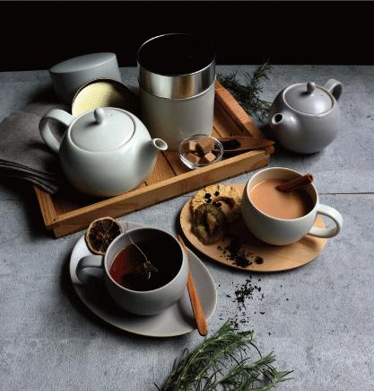SALIU 結 ころんと可愛らしいフォルム おしゃれな紅茶用 茶托